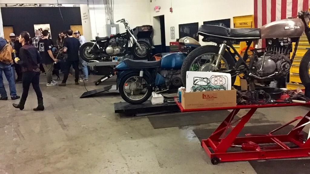 Brother Moto DIY shop