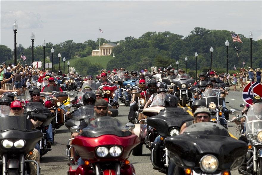 picture of Arlington Memorial Bridge