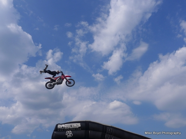 picture of stunt rider