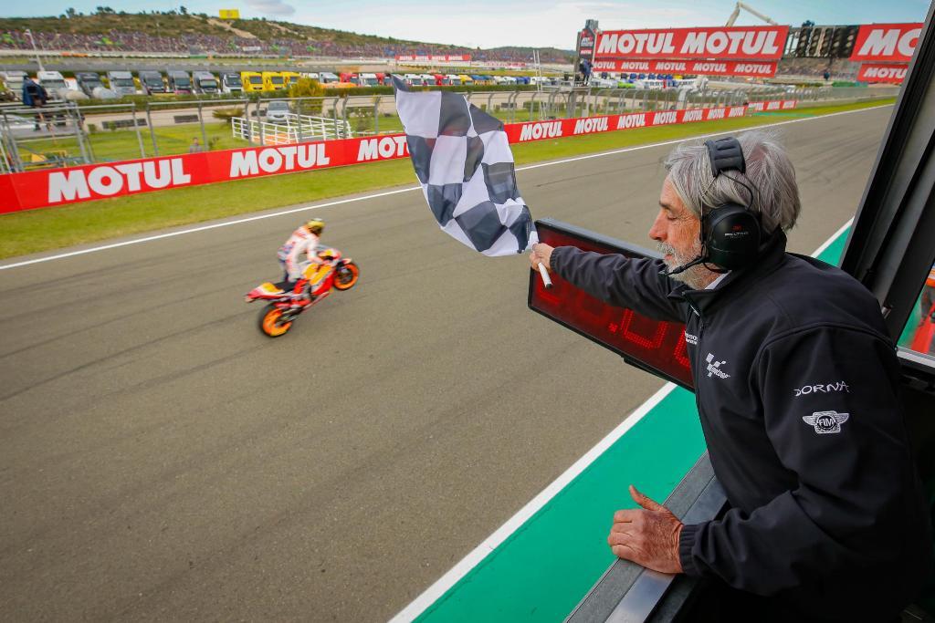 Marquez checkered flag