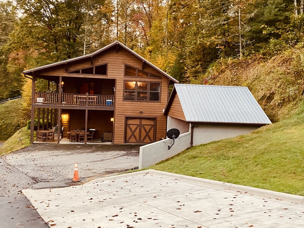 picture of Iron Horse Motorcycle Lodge