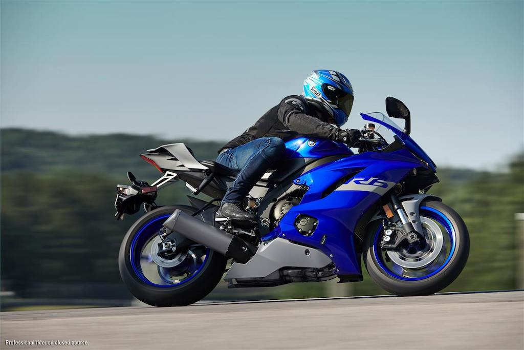 picture of Yamaha R6