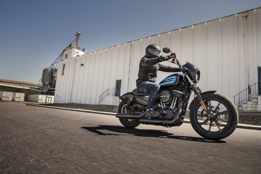 picture of H-D Iron 1200