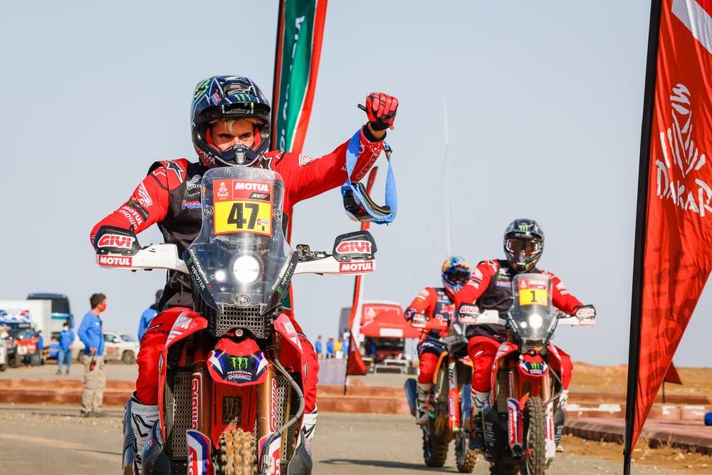 picture of Benavides Dakar finish