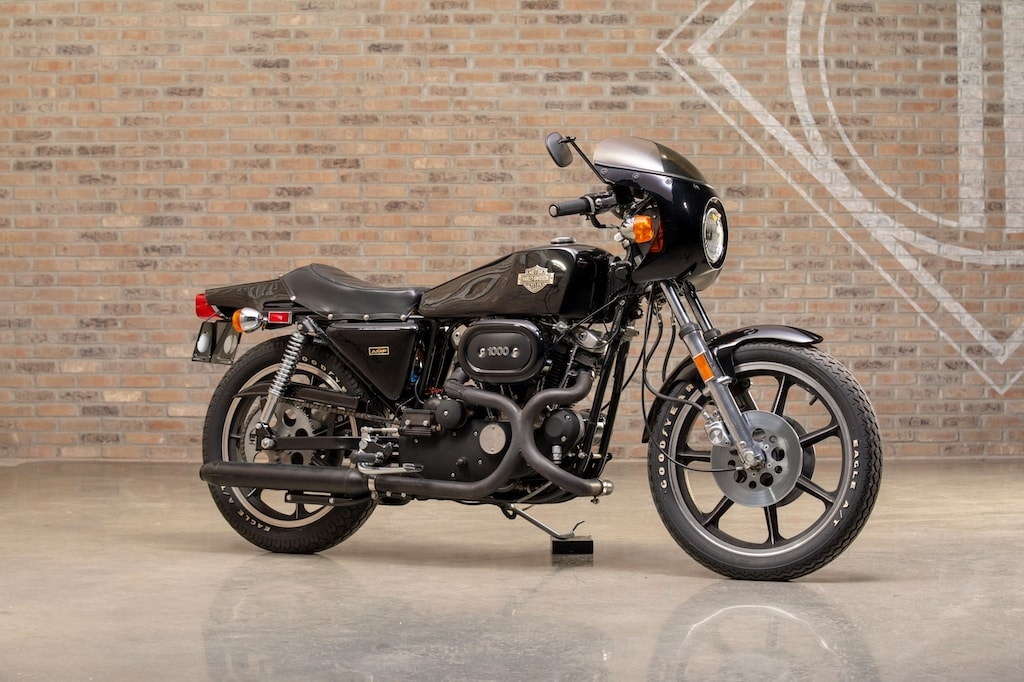 picture of harley-xlcr1000-black-5-scaled