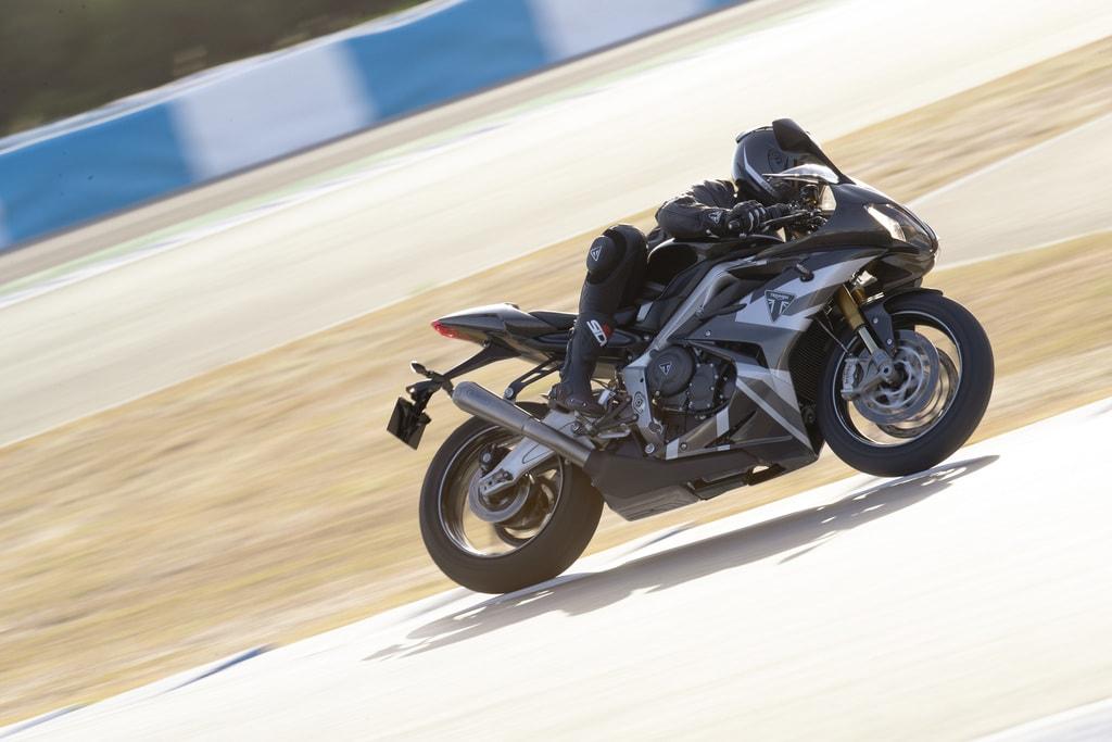 picture of Triumph_Daytona_765_Moto2