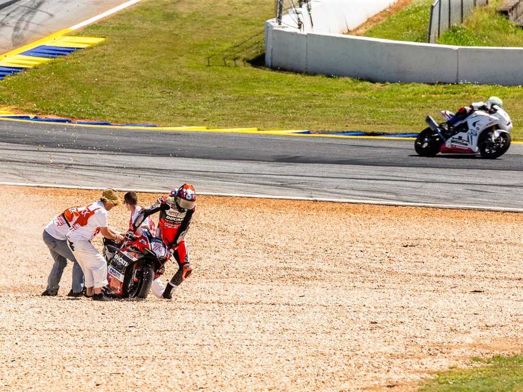 picture or MotoAmerica Tim Lester images