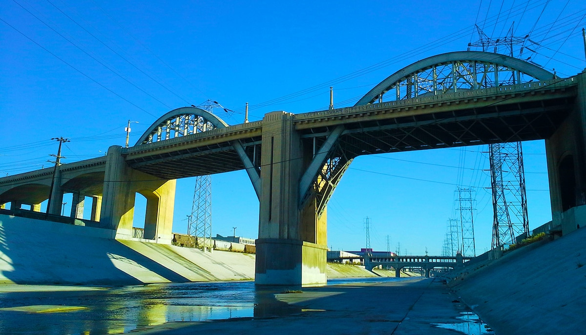 picture of 6th-Street-Viaduct-A-Syn