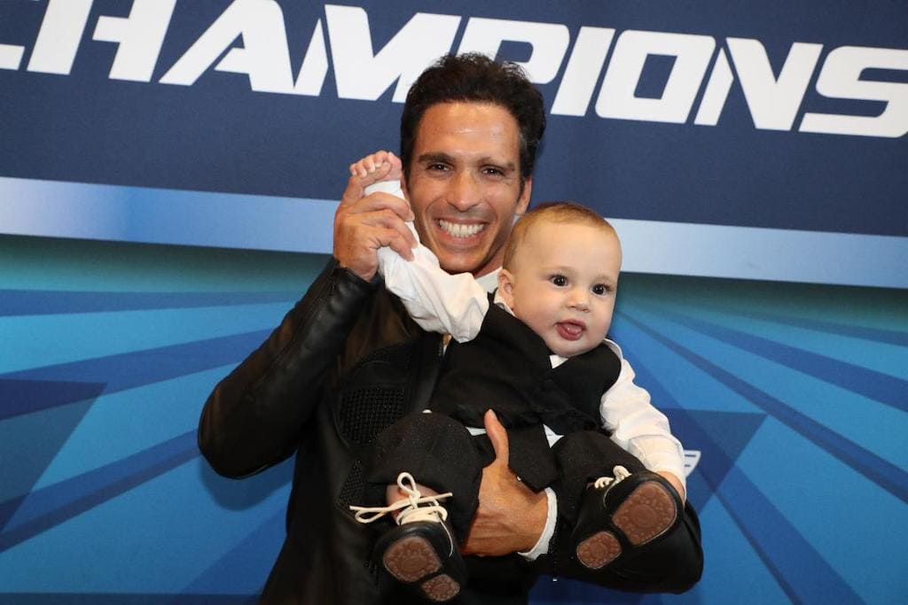 picture of Toni Elias and son